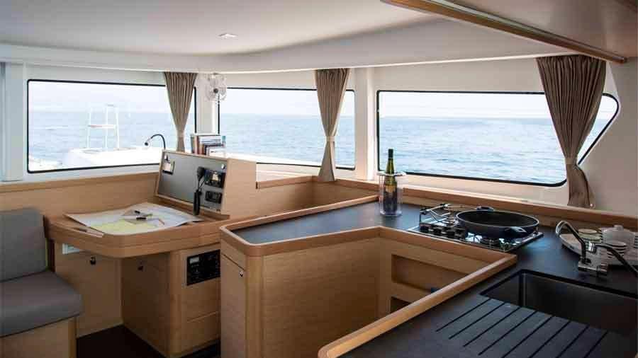 ANTARES Yacht