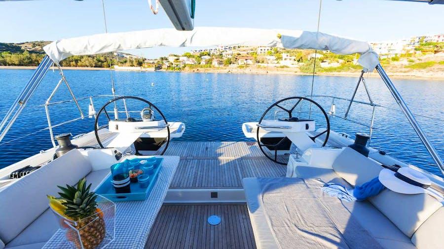 PHARIA Yacht