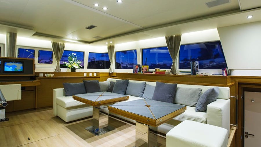 SAIL AWAY Yacht