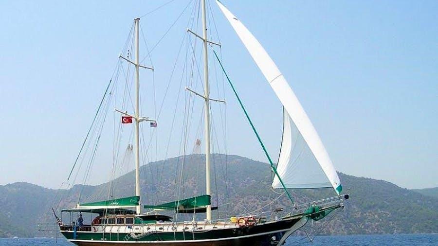 MICHELE Yacht