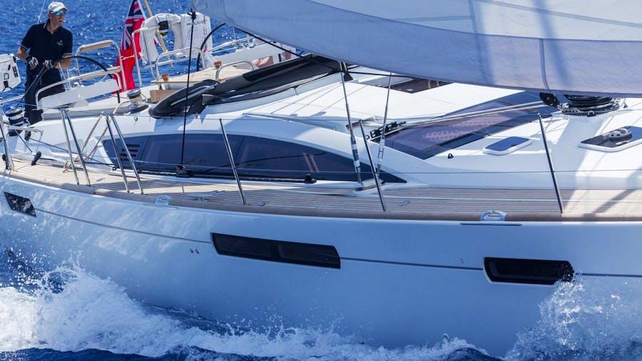 JEANNEAU 57 Yacht