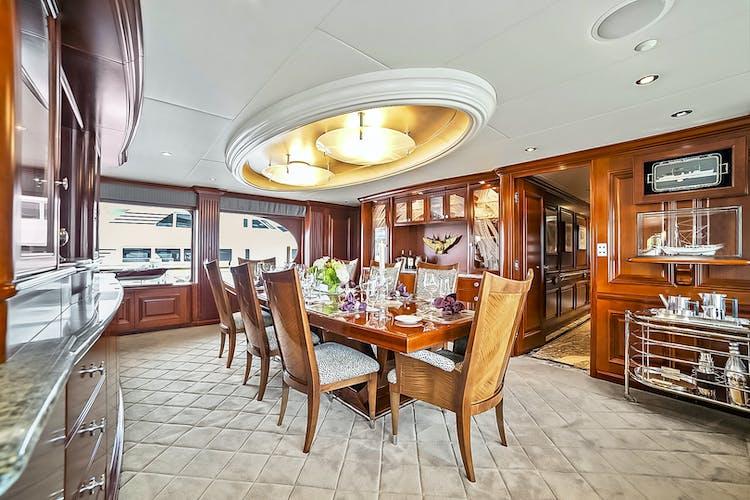 ELISA Yacht