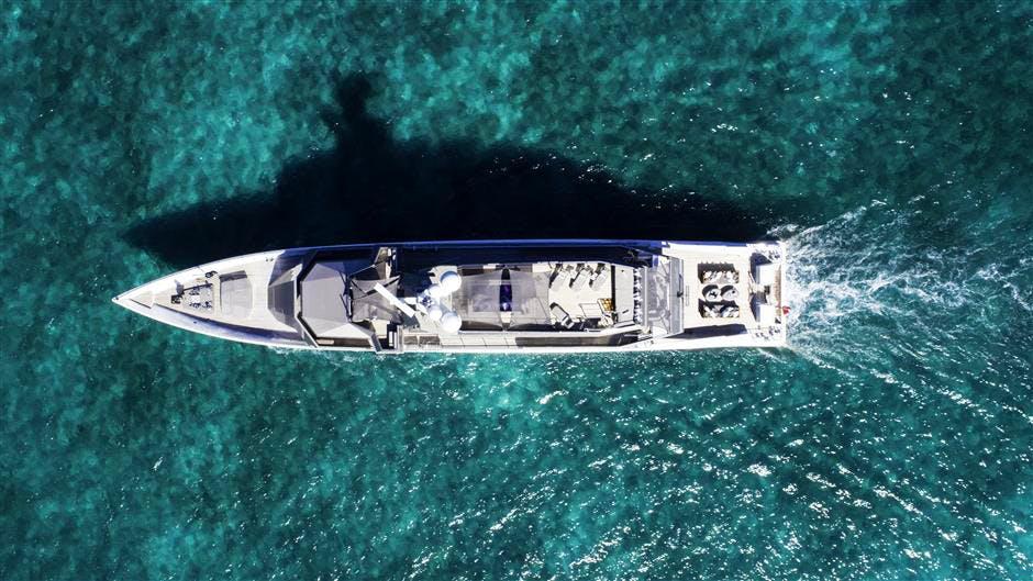 MIZU Yacht