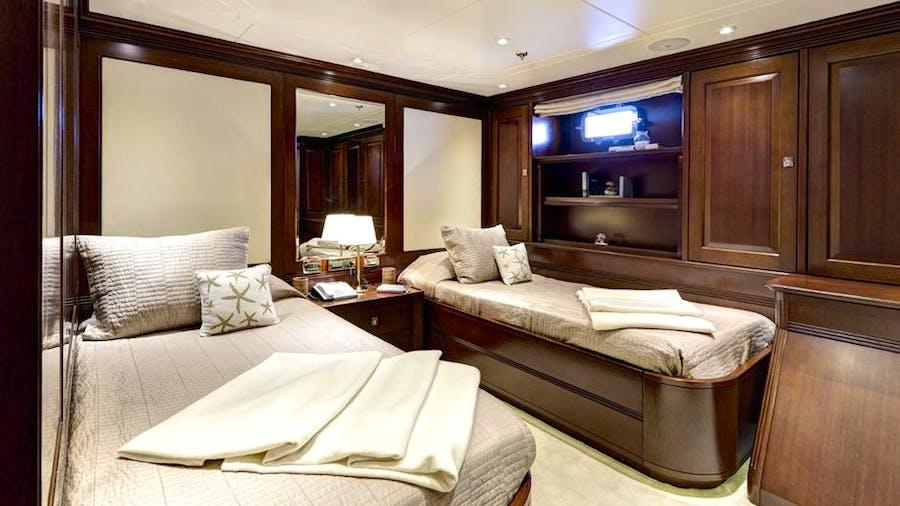 Azteca II Yacht