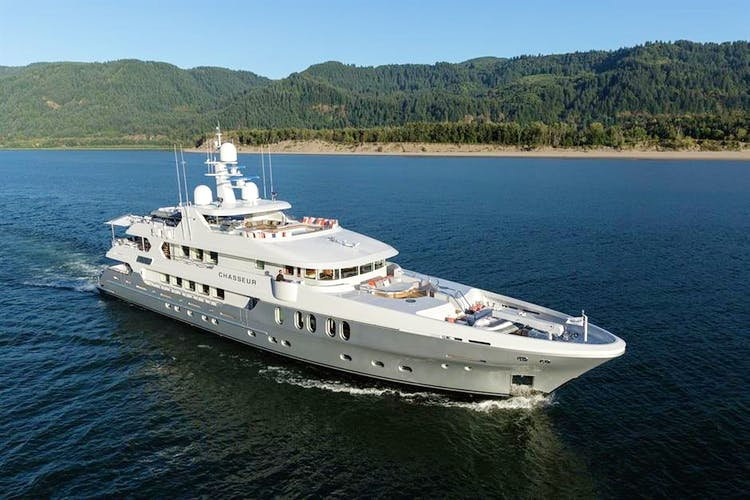 CHASSEUR Yacht