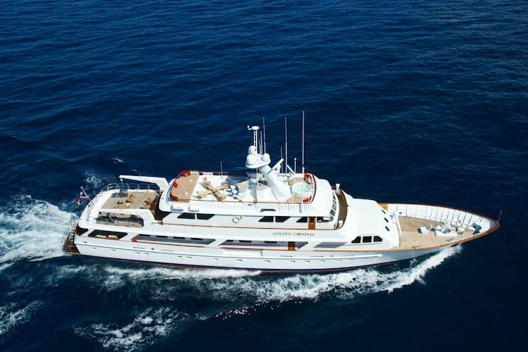 GOLDEN COMPASS Yacht