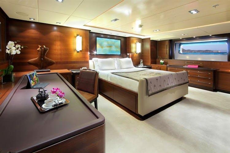 Prana Yacht