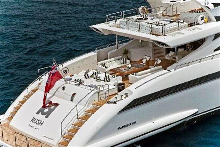 RUSH Yacht