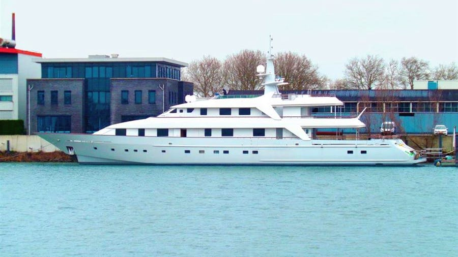 ANNA J Yacht