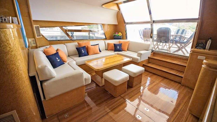 COOL BREEZE 65 Yacht