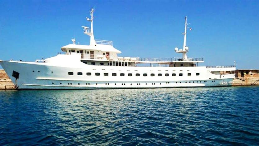 BLUE DAWN Yacht