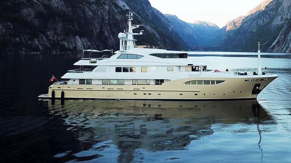 JADE 959 Yacht