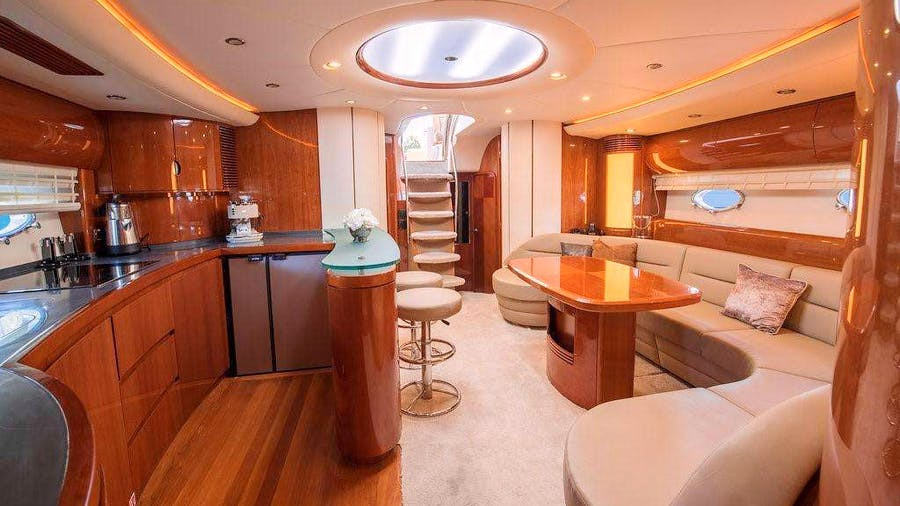 EVERYDAY Yacht