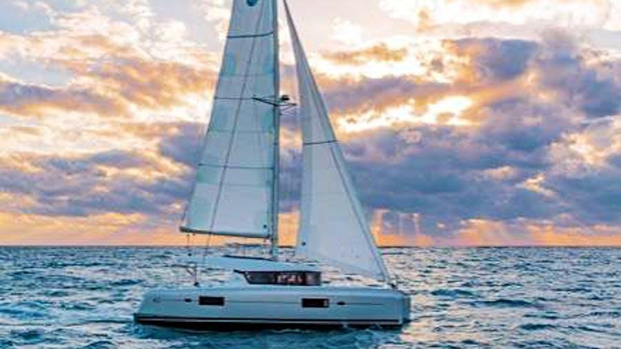 Lagoon 42 Nadir Yacht