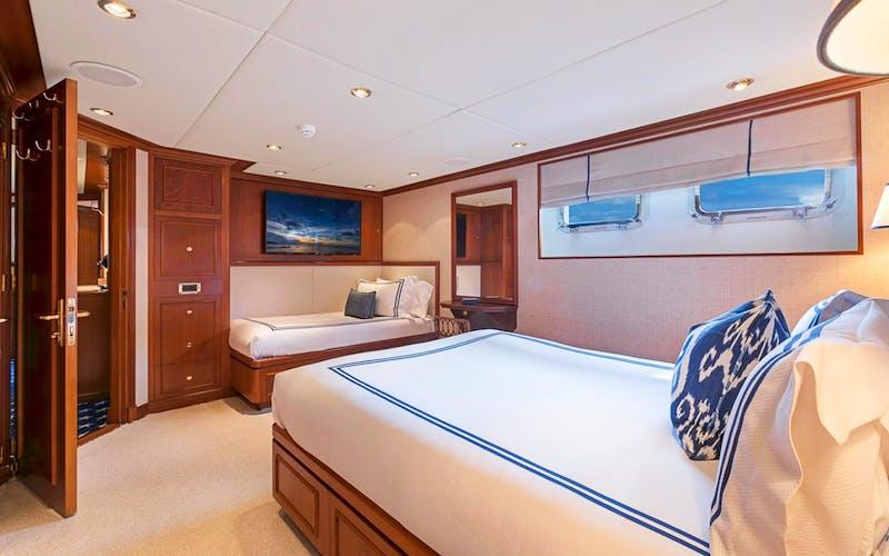 PRAXIS Yacht