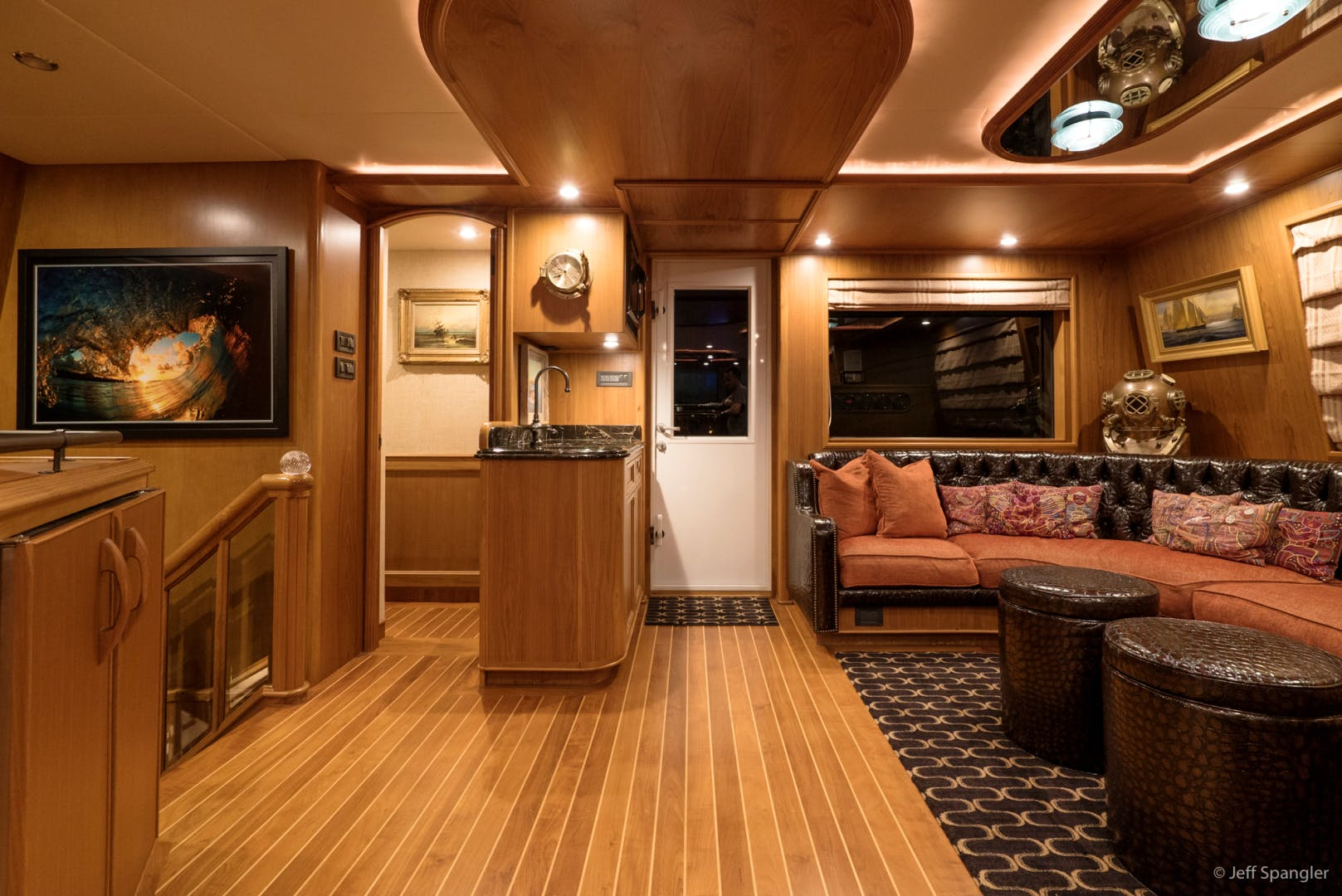 LIFE OF RILEY Yacht for Sale   115 Westport - Crescent 1994