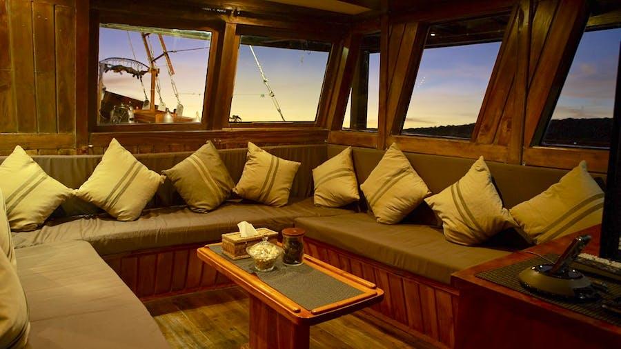 DAMAI Yacht