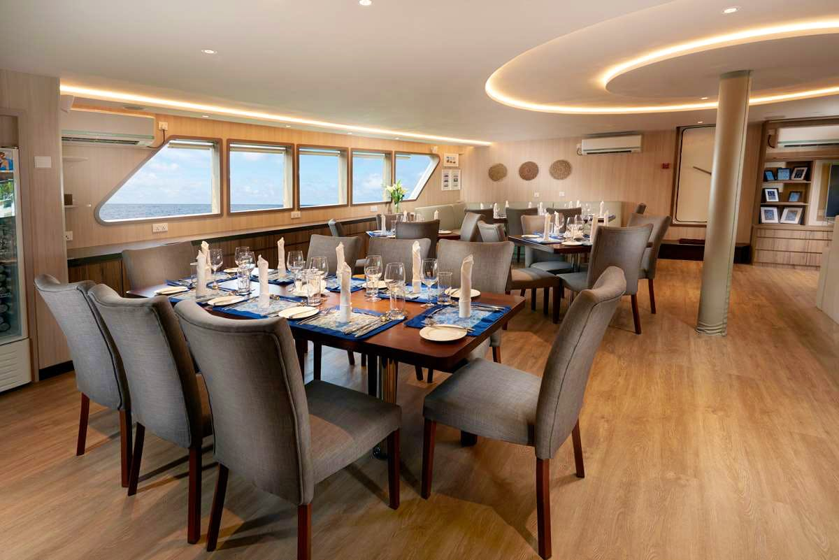 Seasonal Rates for GAIA LOVE Private Luxury Yacht For Charter