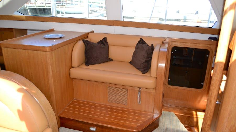 MEHETABEL Yacht