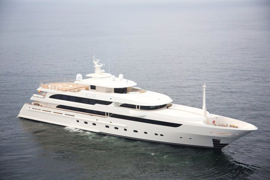 Features for MAYBE Private Luxury Yacht For sale
