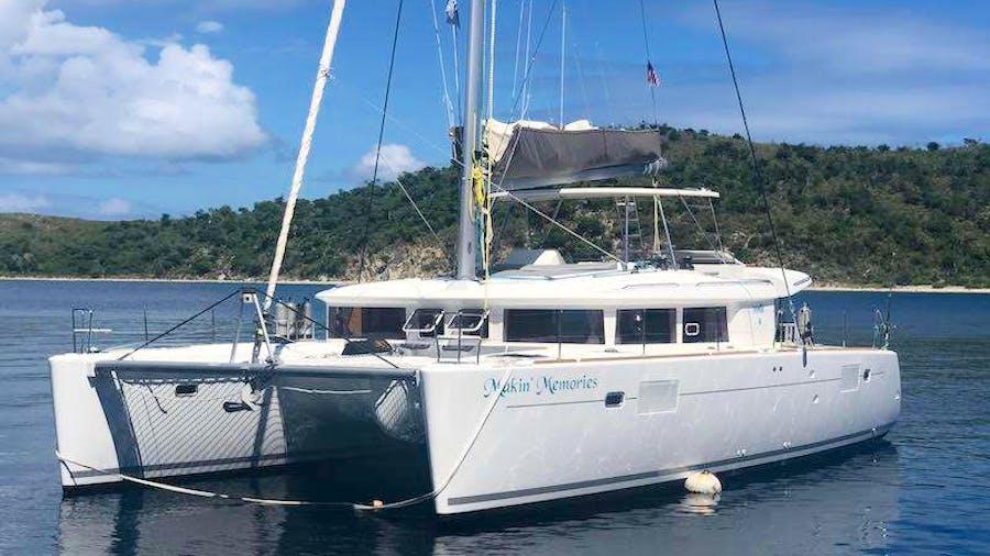 MAKIN' MEMORIES Yacht