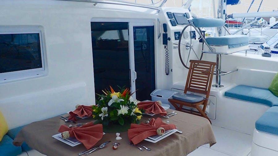 NUTMEG Yacht