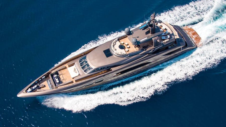 AUSPICIOUS Yacht