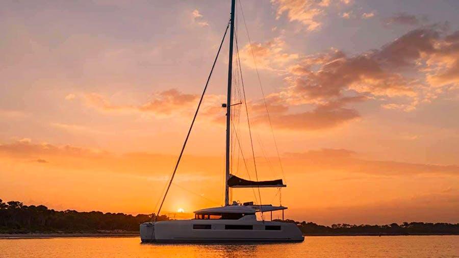 CROATIA CAT 50 Yacht