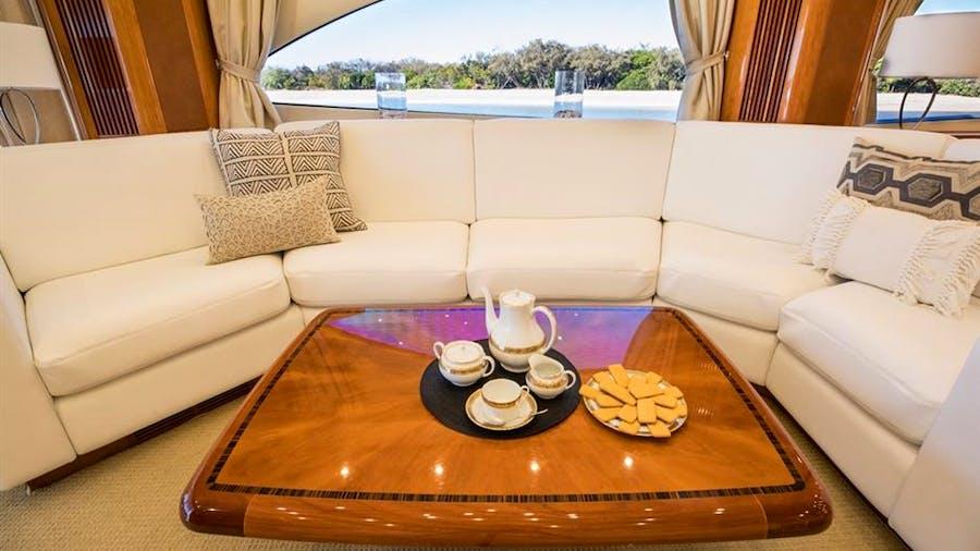 Blinder Yacht For Sale 94 Sunseeker 2005