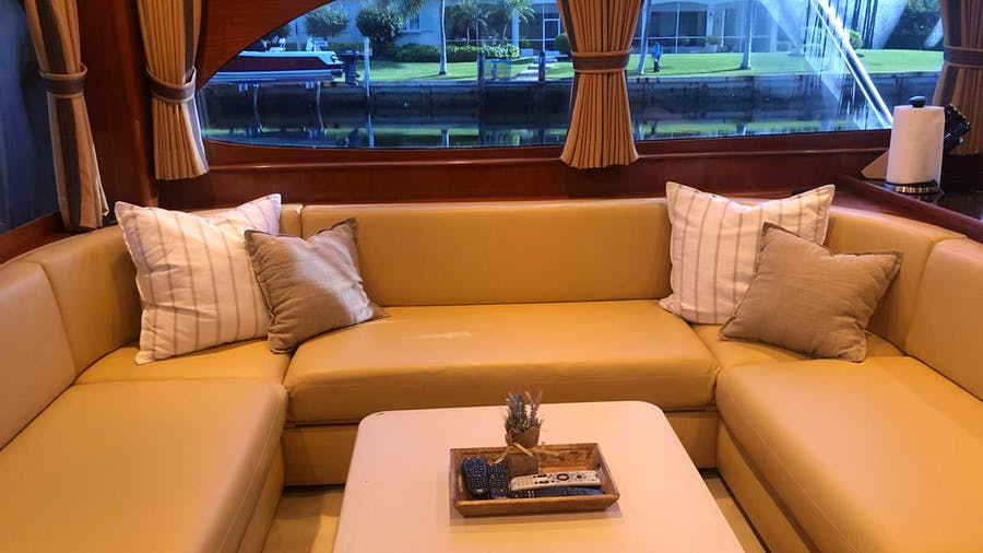 Bonnie T Yacht