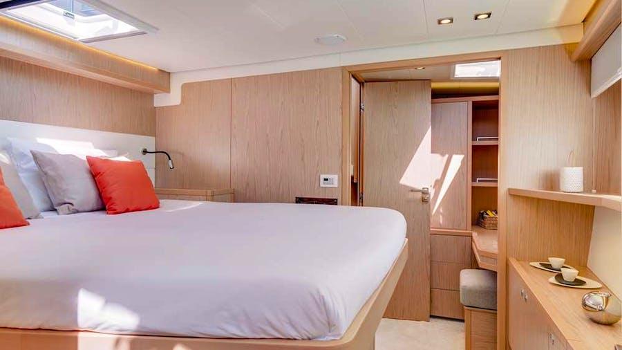 ONEIDA Yacht