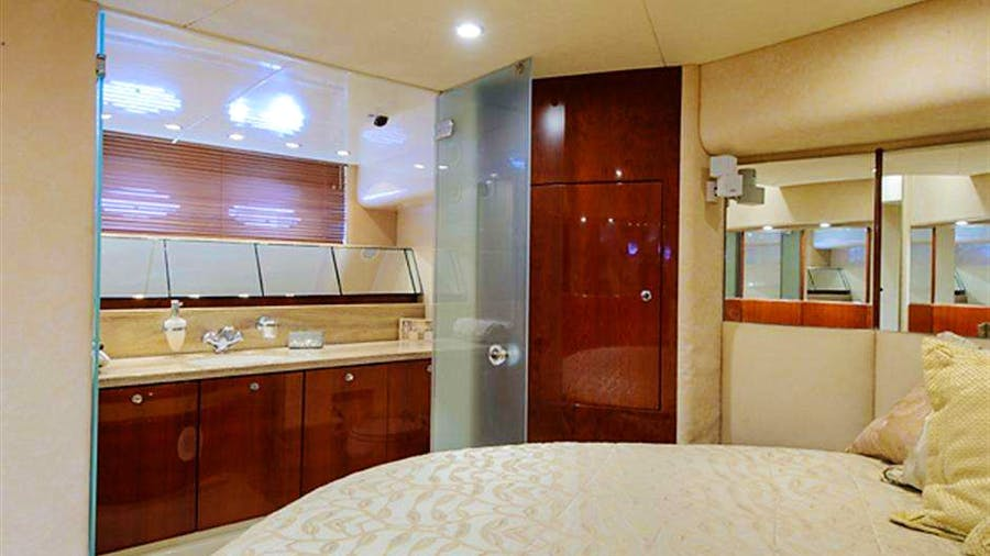 MAXIMUS Yacht