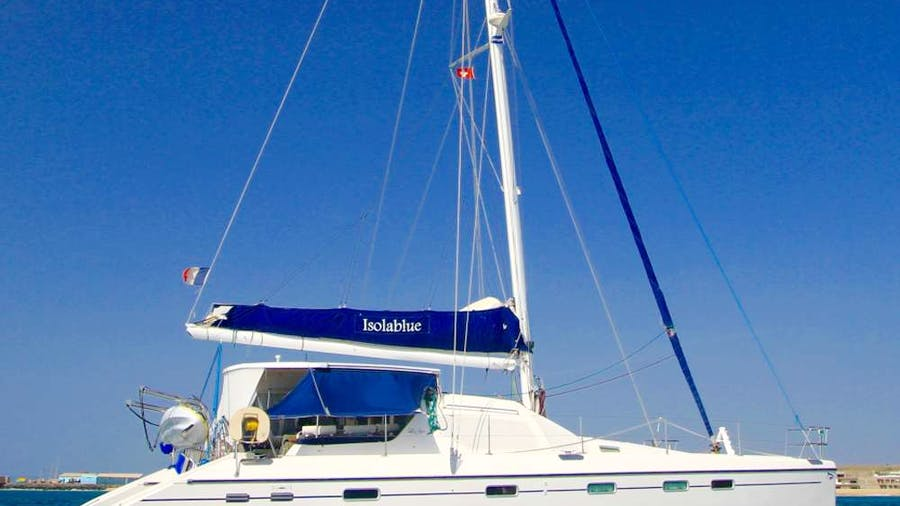 ISOLABLUE Yacht