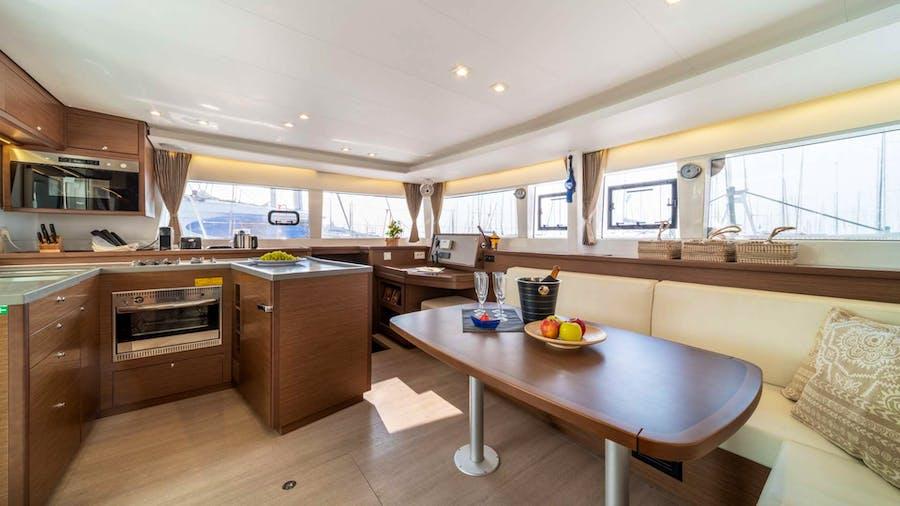 SKY BLU  Yacht