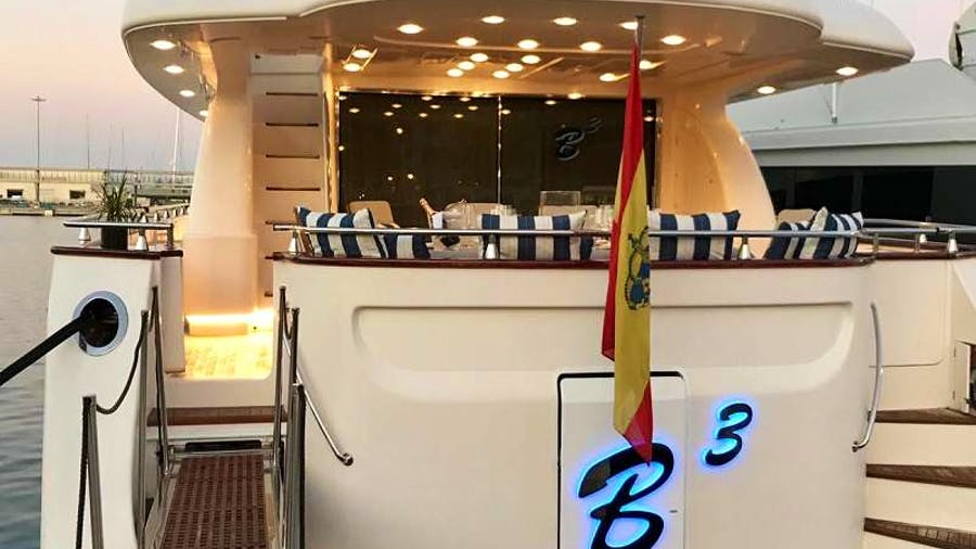 B3 Yacht