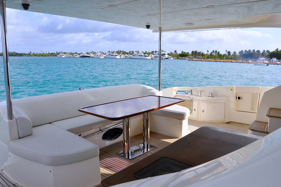 Details for PRIVATE RESERVE Private Luxury Yacht For sale