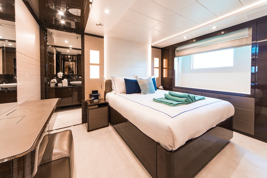 Tendar & Toys for WABASH Private Luxury Yacht For charter