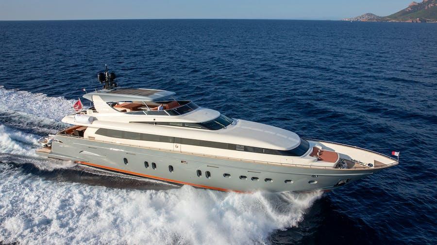 Y42 Yacht