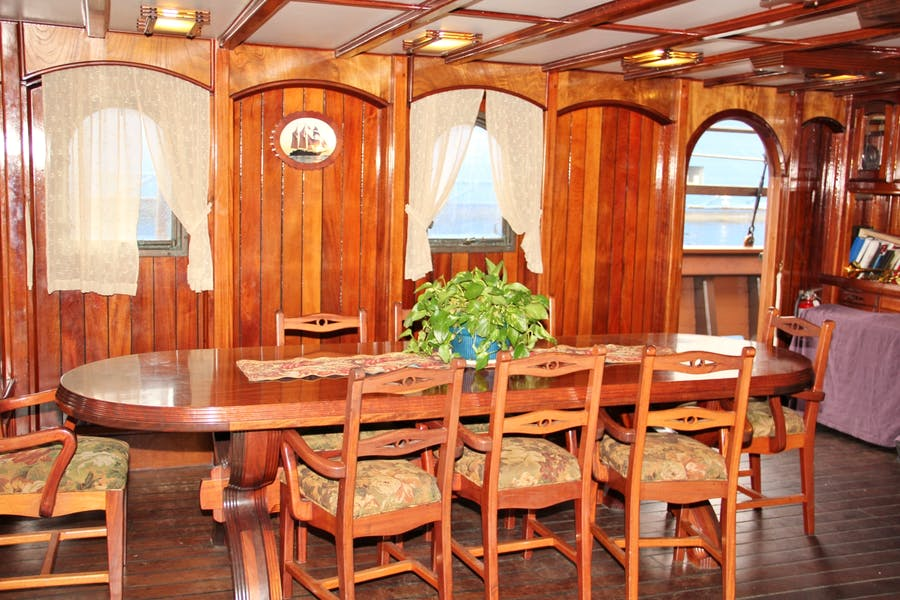 Details for PEACEMAKER Private Luxury Yacht For sale