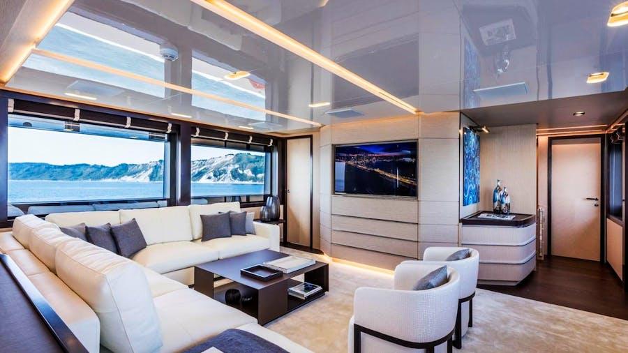 CLORINDA Yacht