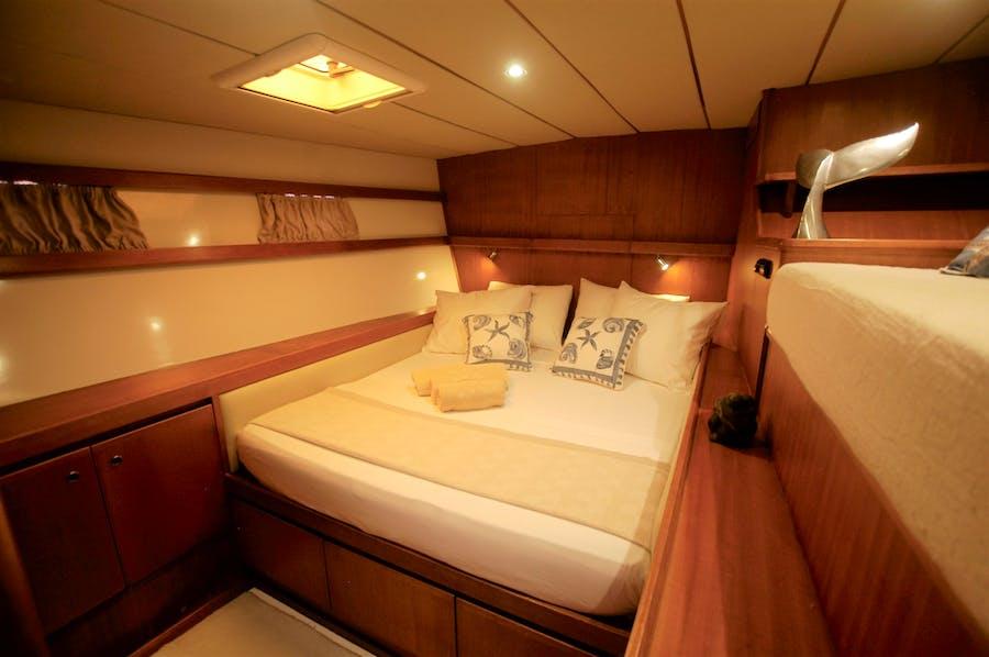 Tendar & Toys for LONESTAR Private Luxury Yacht For charter