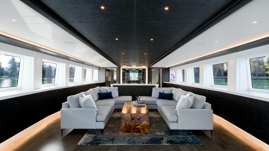 CRESCENT 117 Yacht