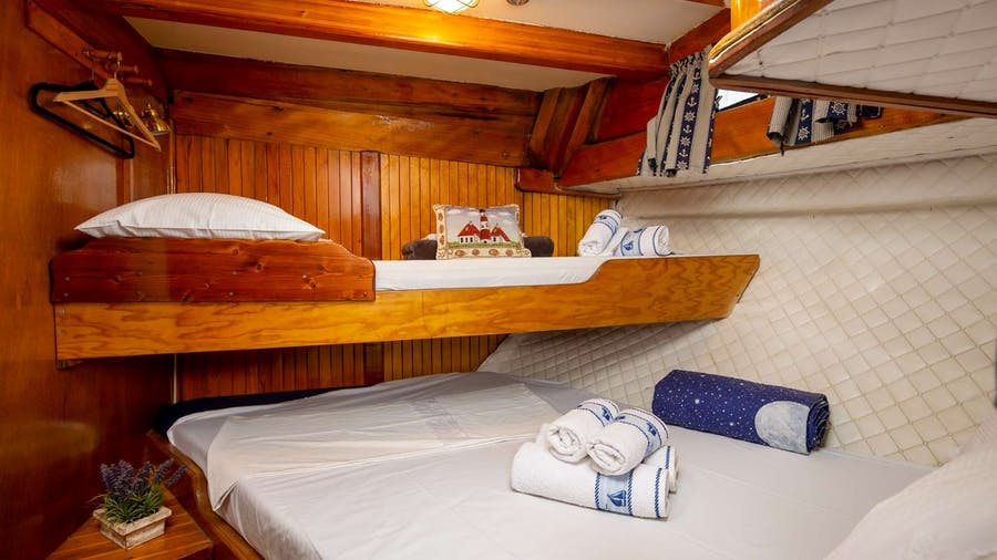 San Yacht
