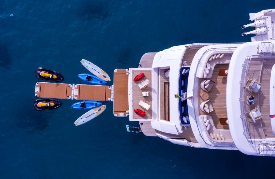 Features for BALISTA Private Luxury Yacht For sale