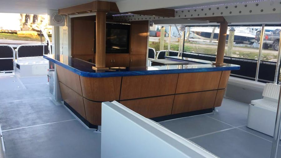 SABRAGE Yacht
