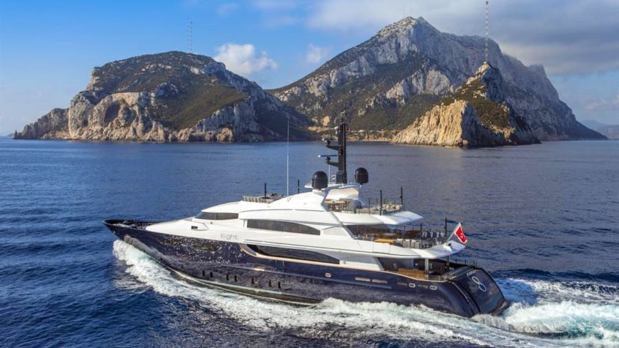 EIGHT Yacht