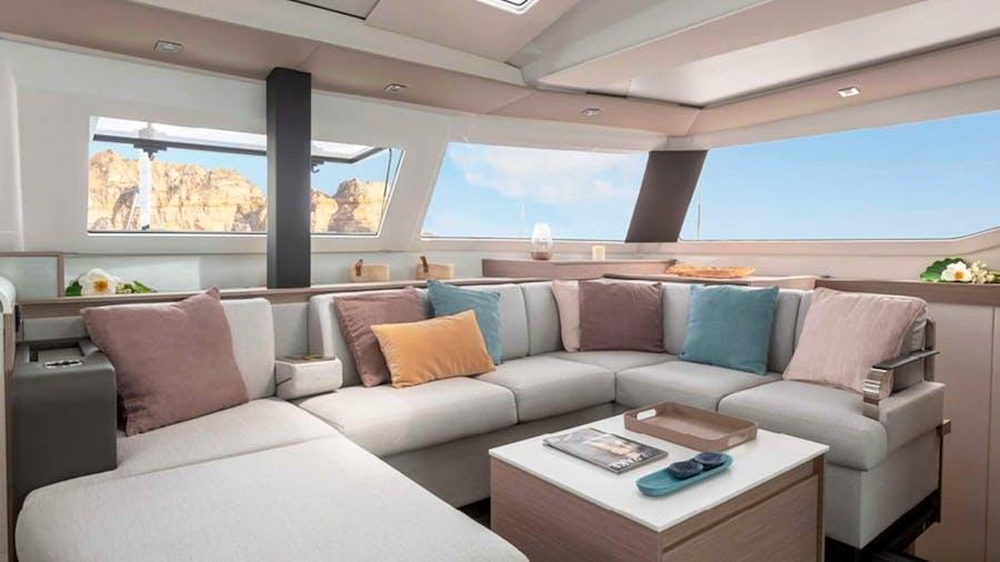 Ruckus Yacht
