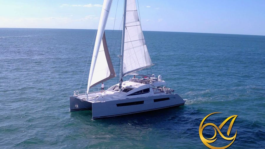 ALLURE 64 Yacht