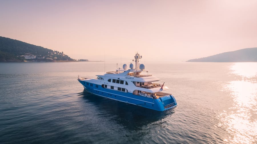Features for DR NO NO Private Luxury Yacht For sale