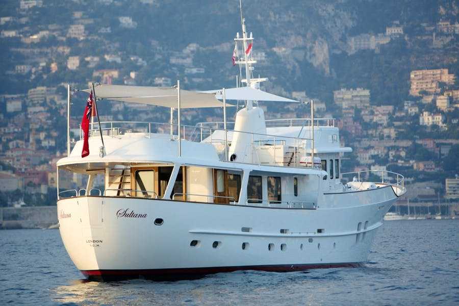 Features for SULTANA Private Luxury Yacht For sale
